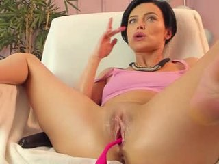 sander_sonia brunette cam babe with a long braid masturbates for the camera