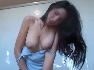 valentina187 cam mature spanish showing off her wide-open pussy online