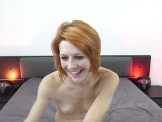 mymiesexy french cam offers her tight ass for anal ohmibod penetration