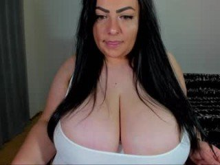 harmonyy cam girl plays with dildo and toys alternately