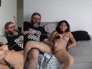 cheeseburgerjesus spanish cam babe gets her pussy sodomized