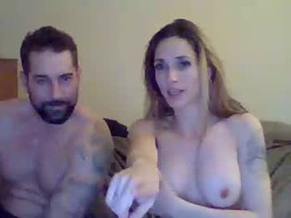 canadiancreme cam babe rubbing her clean pink pussy till a fantastic orgasm online