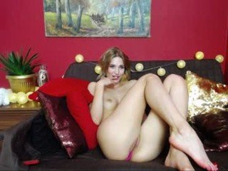 lovellylena cam girl strong fucked in the pink ass