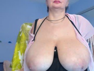 rebekkacharm domina webcam mature used his cock is thobbing and dripping through his chastity belt
