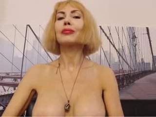 blond_pussy_ blonde cam mature permits to creampie her tight coochie