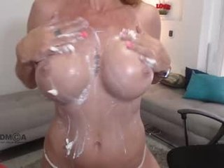 rebeka_watson mature cam bgirl loves when her pussy roughly banged online