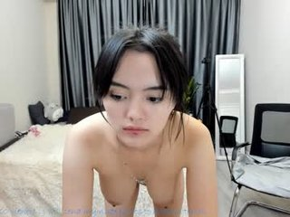 emma_clarc cam babe gets her ass stuffed with huge dildo