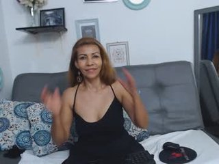 renata_salinas latina cam mature wants her pussy drilled hard