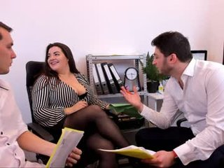 omg_hehe french cam mature gets her pussy fiddled and fucked on camera
