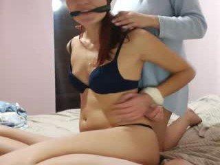 50shades_of_wet bitchy cam babe enjoying some shaved pussy with ohmibod inside