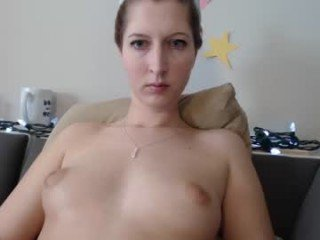 jadeandersonlive pregnant spanish cam girl rubs pussy to taste her own love juices online