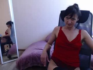 melissa_fane cam mature gets her ass inserted ohmibod
