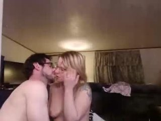 shakeyjake13 horny couple adores fucking online