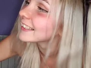 xxxhoneyxx blonde cam girl loves swallow deep
