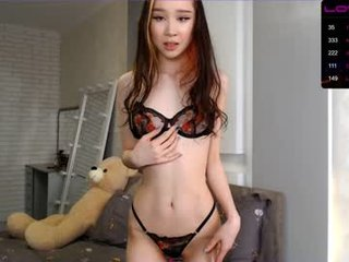 lisa_yun cam girl caresses clean shaved pussy, clit and yummy boobs in the chatroom