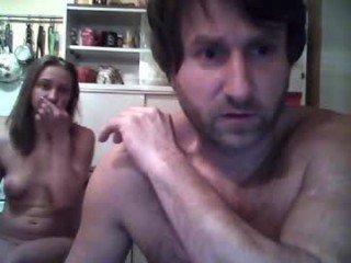tuwkah spanish cam girl wants her pussy full of cum online