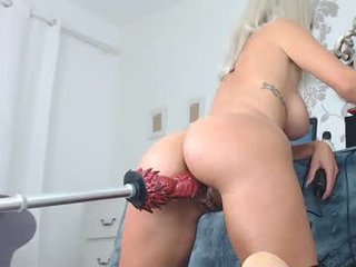 brianabanksxxx after hot anal live sex cam babe massage their wide ass hole