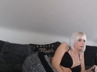 sophiexryan blonde cam girl gets her ass stuffed with huge dick