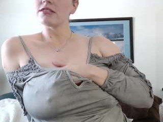 chantarra cam girl has toy and cock used on her bald pussy