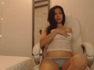 soft_doll_small french cam offers her tight ass for anal ohmibod penetration