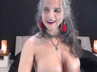 milf_ette cam mature spanish showing off her wide-open pussy online